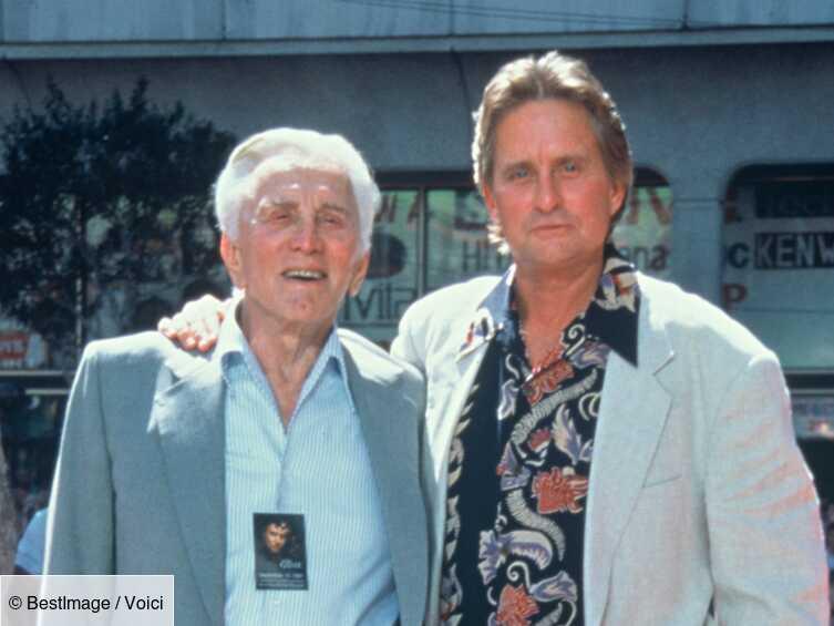Mort de Kirk Douglas : son fils Michael a été exclu de son héritage colossal - Voici