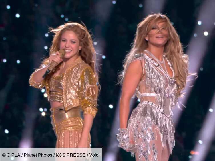 Shakira et Jennifer Lopez : des centaines de téléspectateurs outrés par leur performance au Superbowl - Voici