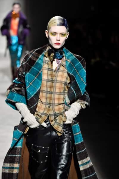 Fashion Week - Défilé Dries Van Noten : les carreaux s'imposent