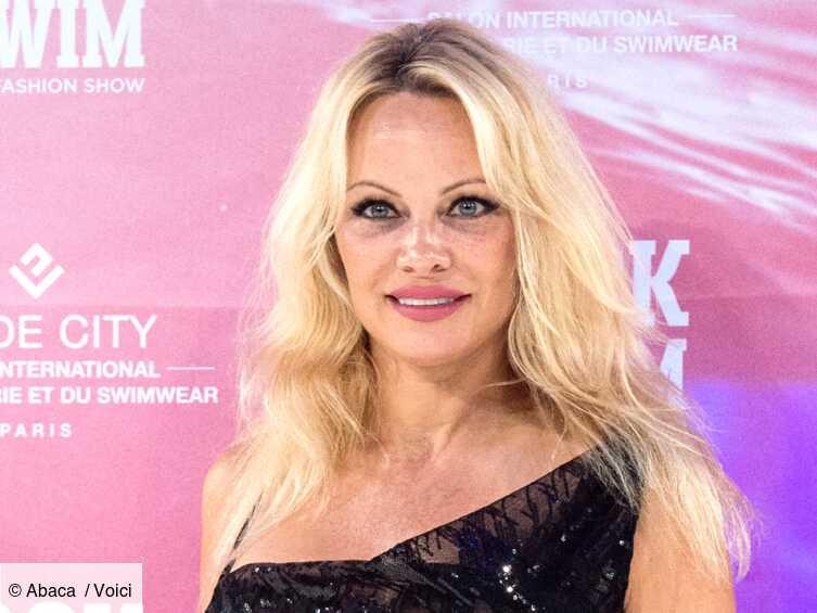 PHOTO Pamela Anderson totalement nue, elle publie l'un de ses clichés les plus sexy et sulfureux - Voici