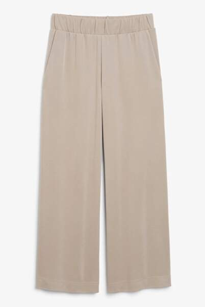 Super-soft trousers, Monki, 25€