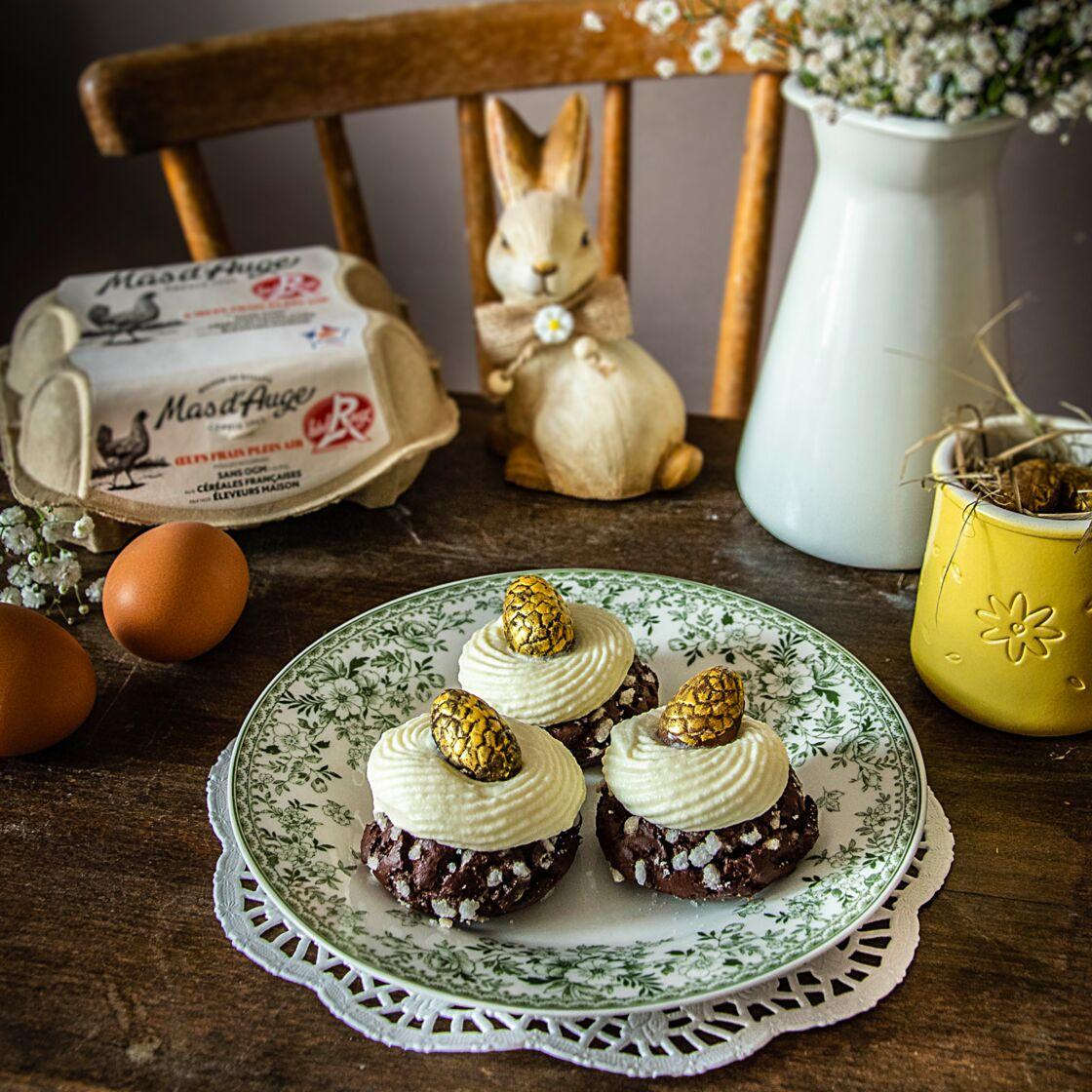 Egg and cabbage pralines with chocolate, vanilla, raspberry