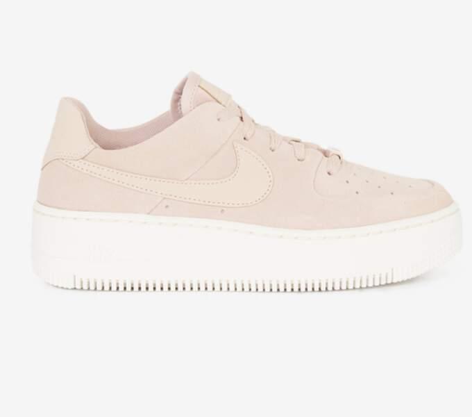 Air Force 1 Sage rose, Nike sur Courir, 110€