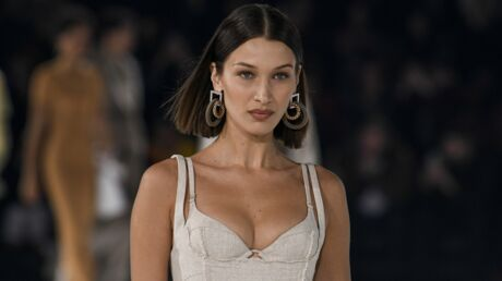 Bella Hadid : en plein confinement, elle shoote la nouvelle collection Jacquemus en Facetime