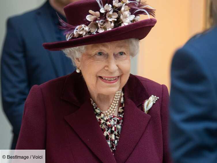 Elizabeth II : cette faveur accordée à Boris Johnson en pleine crise sanitaire - Voici