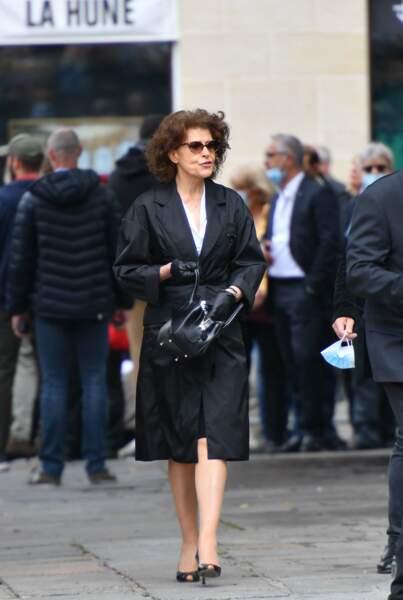 Fanny Ardant aux obsèques de Guy Bedos