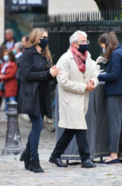 Michel et Isabelle Boujenah aux obsèques de Guy Bedos
