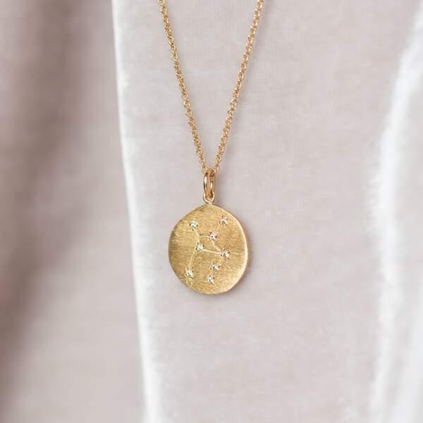 Collier avec médaille signe astro, Bôneur Paris, 95€