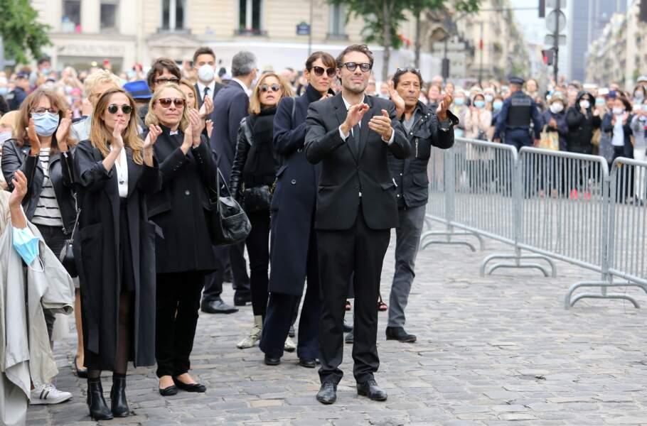 Les adieux à Guy Bedos à la fin de la messe d'obsèques