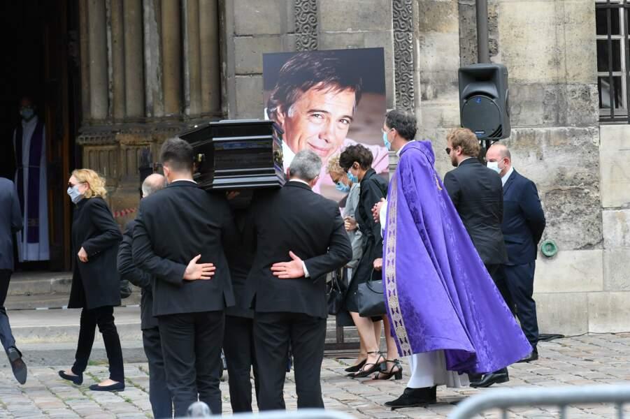 Joëlle Bercot, Victoria Bedos, Muriel Robin et Anne Le Nen aux obsèques de Guy Bedos
