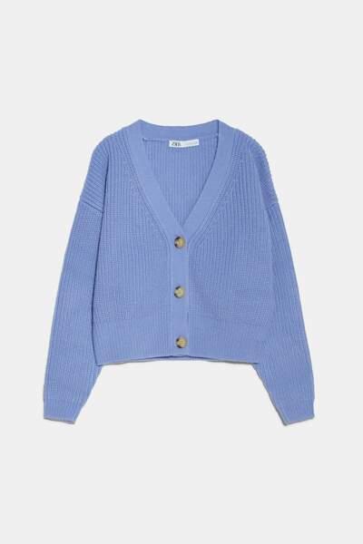 Gilet en maille à boutons couleur lavande, Zara, 29,95€