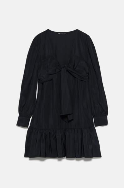 Robe courte avec noeud, Zara, 19,99€ au lieu de 23,97€