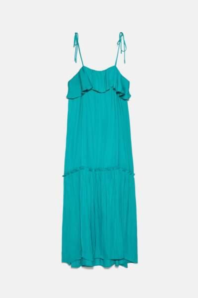 Robe à volants turquoise, Zara, 29,99€ au lieu de 49,95€