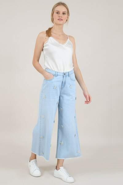 Pantalon large en jeans, Molly Bracken, actuellement à 25,98€
