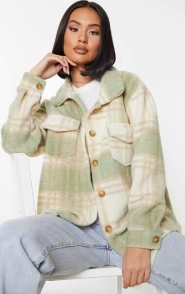 Veste style chemise brossée à carreaux verts, PrettyLittleThing, actuellement à 39€