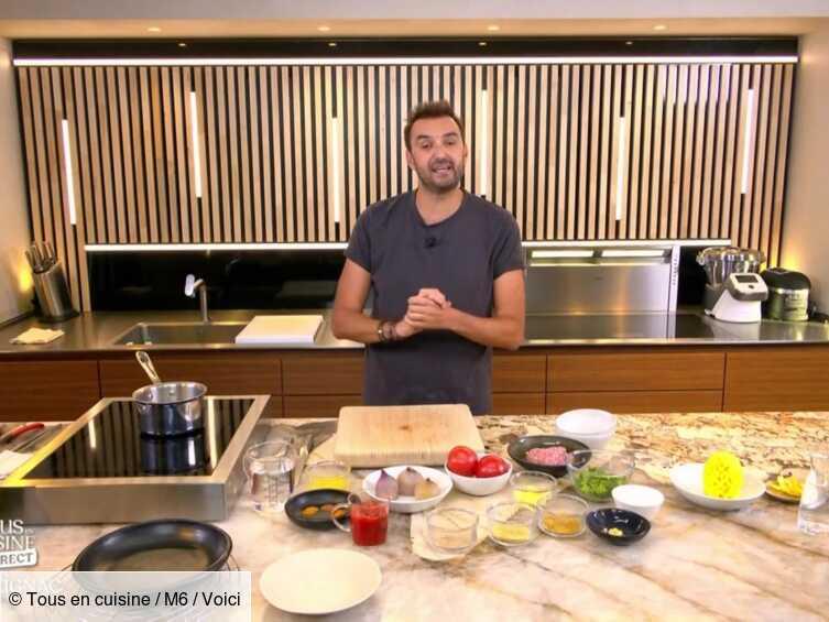 VIDEO Tous en cuisine : Cyril Lignac propose sa recette de légumes farcis et céréales au four - Voici