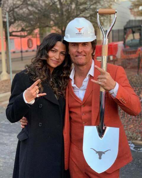 Matthew McConaughey est fou amoureux de Camilla Alves