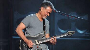Sa guitare ne vibrera plus