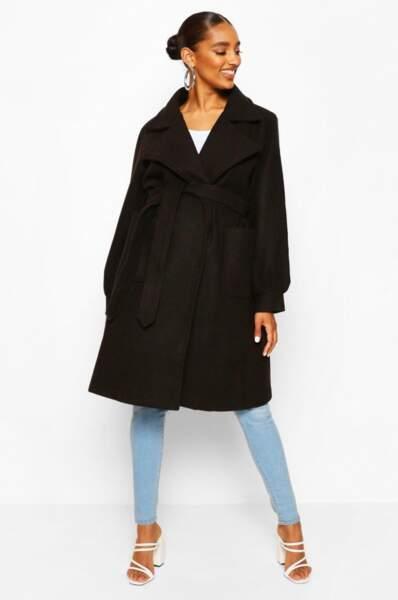 Manteau de maternité cache-cœur à poches devant, Boohoo, actuellement à 39€
