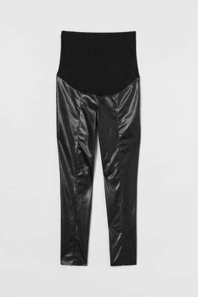 Legging en simili cuir MAMA, H&M, 29,99€