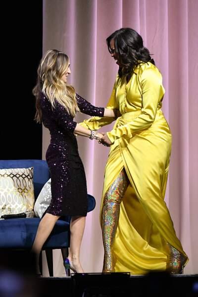 Michelle Obama ose les cuissardes glitter avec une robe en soie