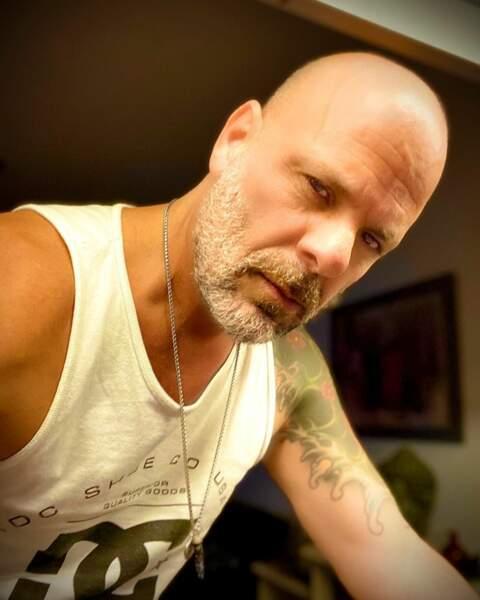 quelques mois de moins que Bruce Willis, 64 ans