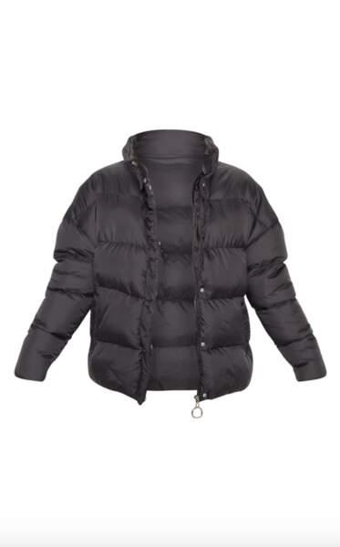 Doudoune noire oversize, PrettyLittleThing, 68€
