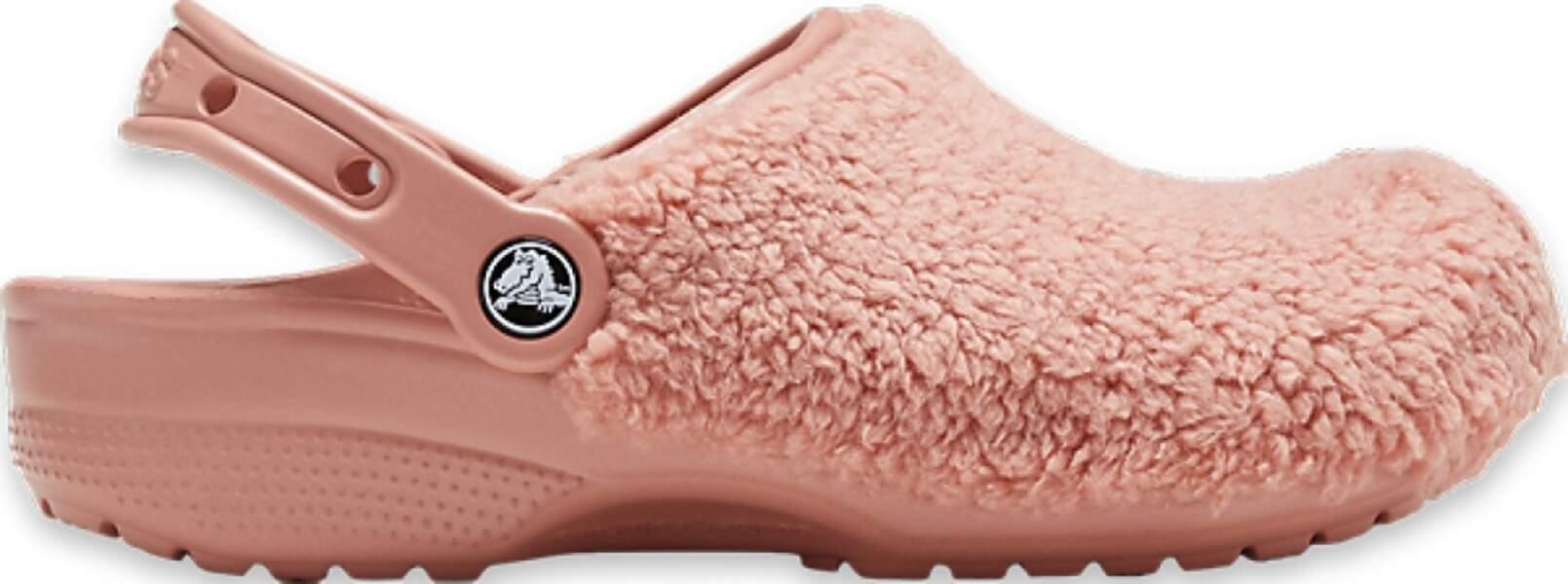 Chaussures en plastique et fausse fourrure, CROCS, 49,99€