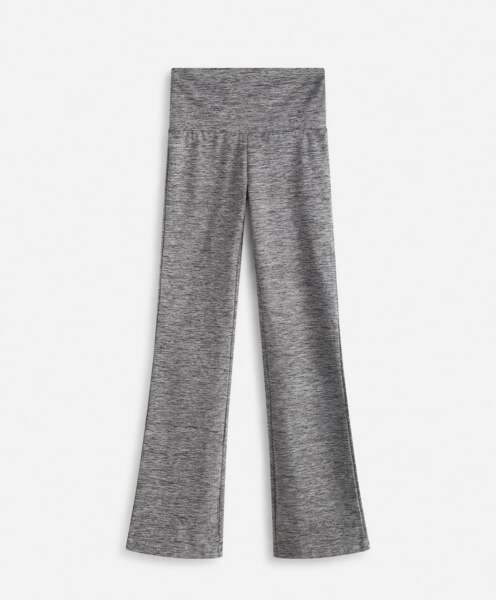 Pantalon Comfortwarm doublé polyester et elasthanne, Oysho, 39,99 €