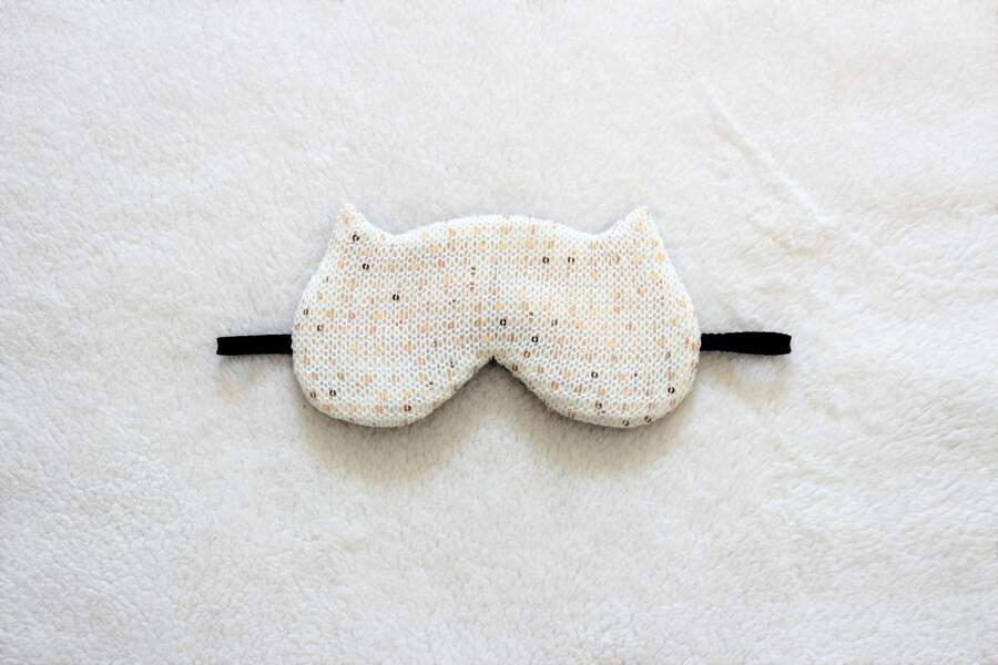 Masque de sommeil, Naomilingerie sur Etsy, 19 €
