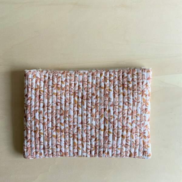 Pochette pour Ipad bloom poudré, Gabrielle Paris, 34€