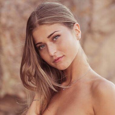 Noémie Leca - Miss Corse 2020