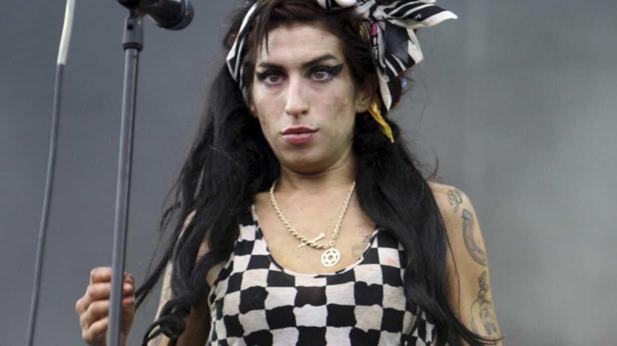 Amy Winehouse huée par son public