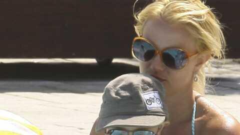 PHOTOS Britney Spears nage dans le bonheur avec ses fils