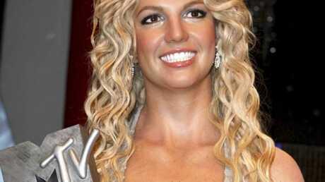 PHOTOS La nouvelle statue de Britney Spears dévoilée chez Tussauds