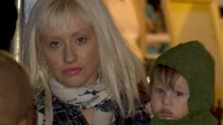 PHOTOS – Christina Aguilera fait ses courses de Noël