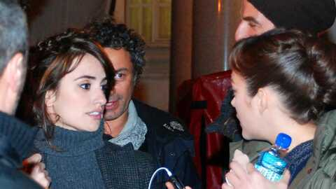 PHOTOS Marion Cotillard et Penelope Cruz en pleine discussion