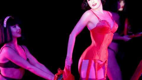 PHOTOS Dita Von Teese plus sexy que jamais au Crazy Horse