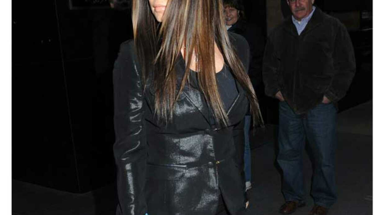 LOOK La chanteuse Fergie est devenue brune