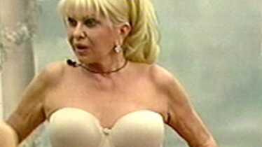 Oh mon dieu, quel striptease!
