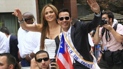 PHOTOS Jennifer Lopez et Marc Anthony stars de la parade portoricaine