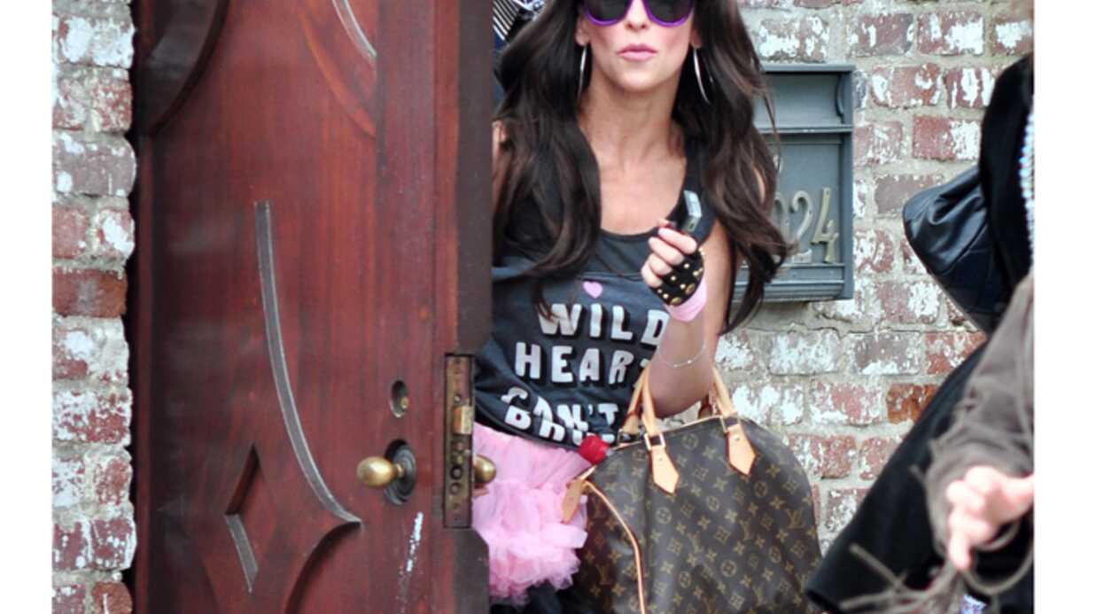 PHOTOS Jennifer Love Hewitt déguisée en Lady Gaga