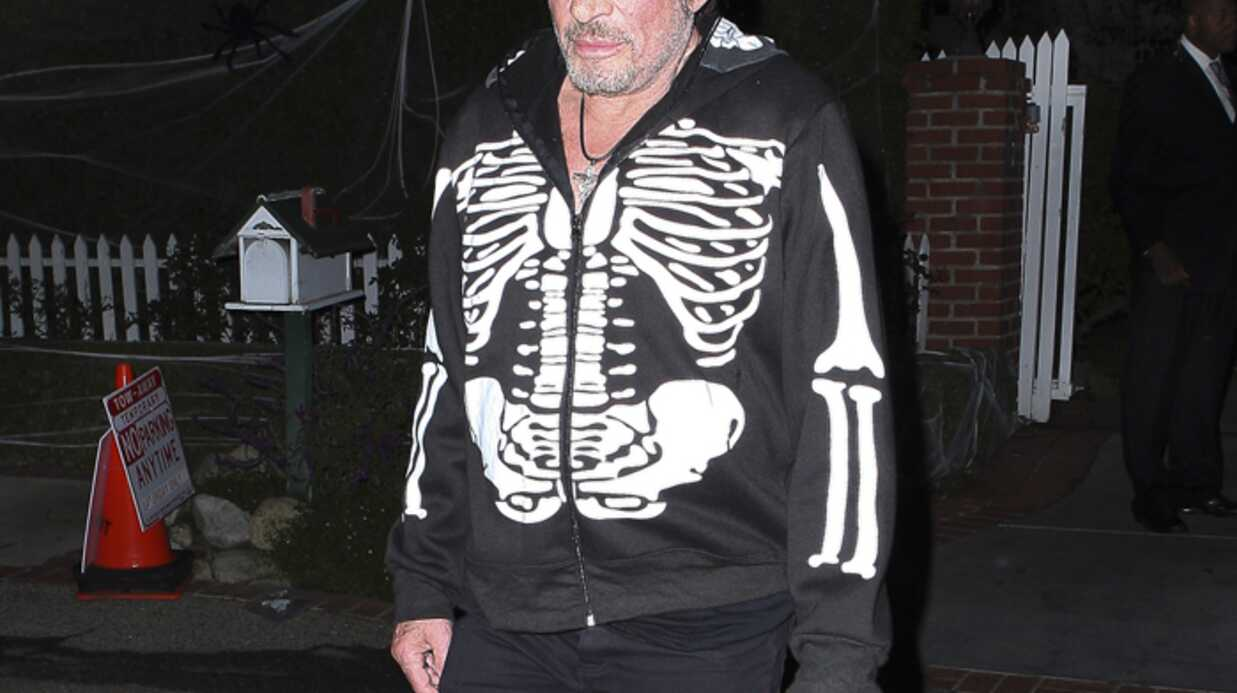 Johnny Hally­day et Laeti­cia fêtent Hallo­ween chez Kate Hudson