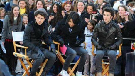 PHOTOS Les Jonas brothers ont provoqué l'hystérie à New York