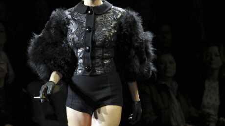 PHOTOS Kate Moss: passage éclair à la Fashion Week