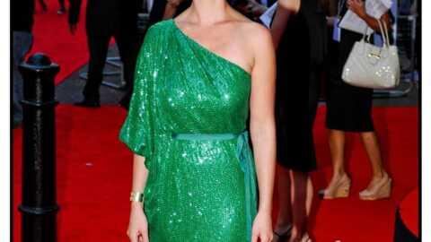 LOOK  Katherine Heigl en vert sapin sur le tapis rouge