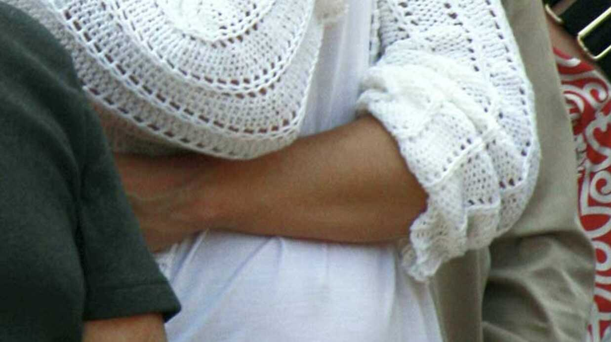 PHOTOS Katie Holmes enceinte? Un petit ventre qui en dit long