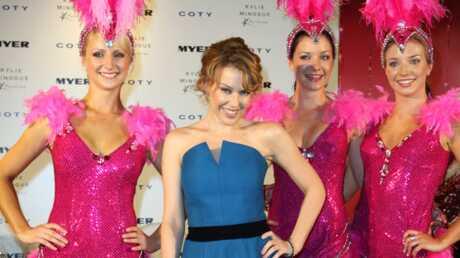 PHOTOS – Kylie Minogue présente son parfum
