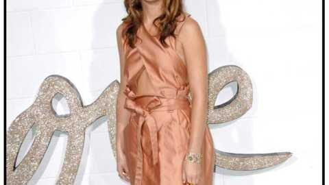 LOOK Leighton Meester et ses ravissantes robes de cocktail