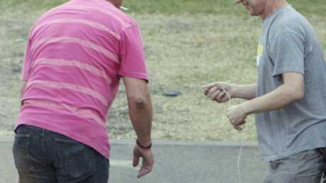 PHOTOS Lily Allen s'effondre après un concert en Australie